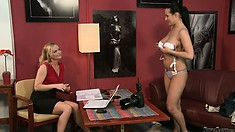 Carmen Croft is here to impress the porn casting agent with her big juggies