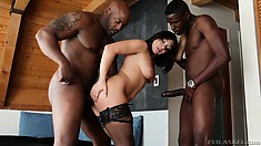 Dark-haired bimbo loves to suck on bulging hard black man meat