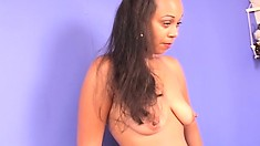 Big bootied ebony amateur shows her stuff and gets stuffed and creamed