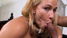 Blonde goddess with a big booty Mellanie Monroe is a horny cougar