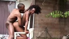 Striking ebony girl with a sweet ass relishes a hard pounding outside