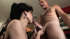 Hungry and horny is this brunette granny and she needs a cock to nibble on