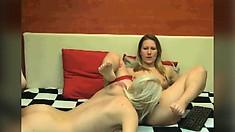 Amateur Lesbian Cunt Lick