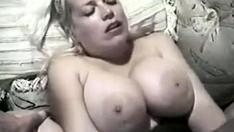 BBW Blonde Girlfriend Homemade Fucking On Sofa