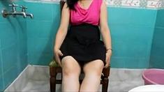 Bangla desi wife showing big ass